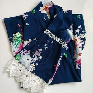 Davi & Dani navy floral dress size S